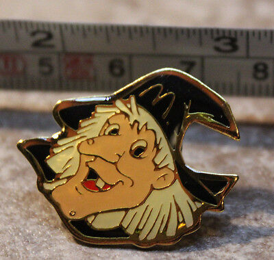 McDonalds Halloween Witch Employee Collectible Pinback Pin Button