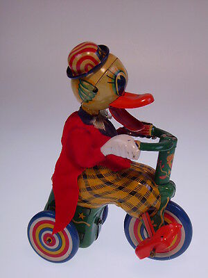 "GSMOTO ""DUCK ON TRICYCLE"" MADSON JAPAN, 12cm, WIND UP OK, LIKE NEU/NEW/NEUF !!"