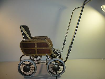 Antique Headstrom Baby Carriage (MUST PICK UP)