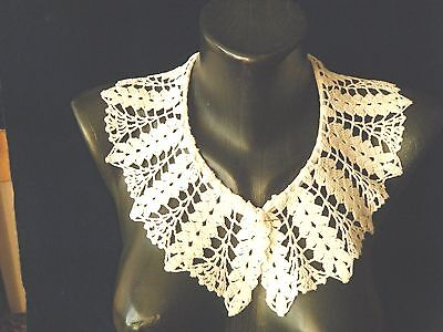 old vintage Original Collar hand crochet lace beautiful wheat design