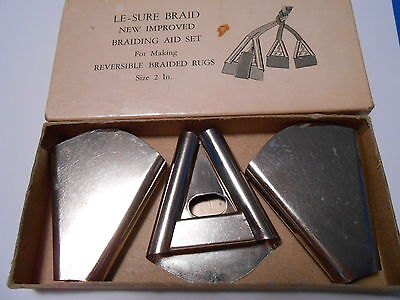 Vintage Le-sure triangular cones: fabric folders for braiding rugs, set of 3, 2""