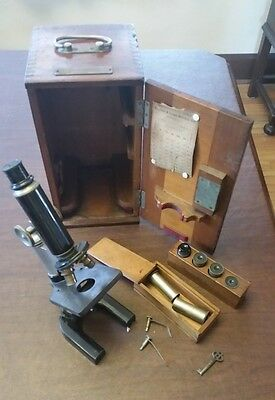 ANTIQUE BAUSCH & LOMB OPTICAL CO. MICROSCOPE IN BOX of E M K Geiling U of I
