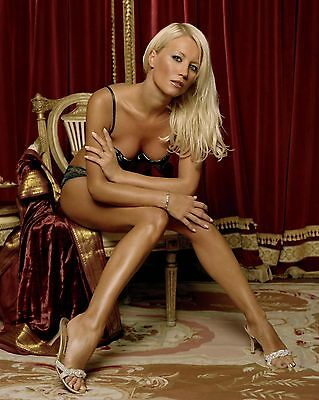 "Denise van Outen 10"" x 8"" Photograph no 2"