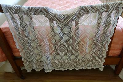Prettiest Ivory Lace Throw Tablecloth 110x110