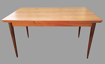 Table de salle a manger Scandinave / Vintage 50