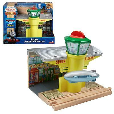 Thomas and Friends - Wooden Railway Sodor Airship Hangar