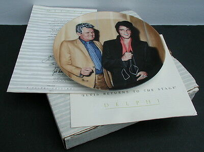 Elvis Looking at a Legend #16 Elvis Returns to the Stage Delphi Plate * Box COA