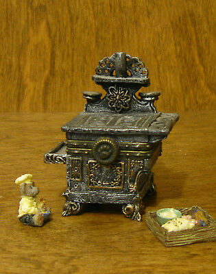 Boyds Treasure Boxes #392130 Aunt Becky's Cast Iron Stove NEW From Retail Store