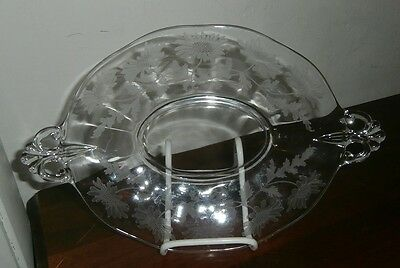 Fostoria #324 Daisy Etching On #2440 Lafayette 8 In Crystal Handled Oval Tray