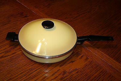 "West Bend Town House 10"" Skillet Pan With Lid Harvest Gold vintage Made In USA"