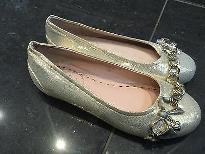 Juicy Couture New & Genuine Girls Gold Leather Pumps Size UK 12 EU 31 & Logo