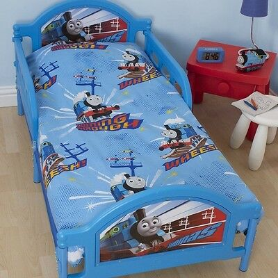 Thomas and Friends - Junior Bed Set Wheesh 120 x 150 cm