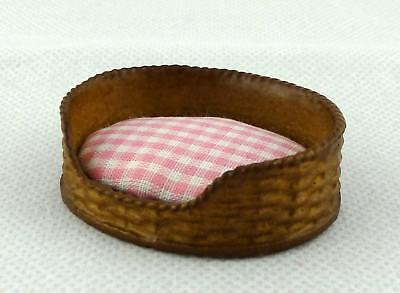 Dolls House Miniature Pet Accessory Dog Cat Bed Basket Pink Check Cushion