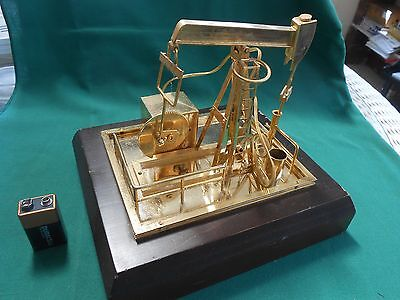 Outstanding Collectible Brass OIL DRILLING RIG Model..Battery Operated