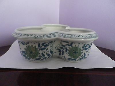 Fabulous Chinese Green & White  Flower & Leaf Unusual Des Planter 21.5 Cms Wide