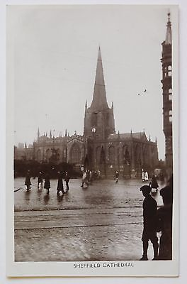 SHEFFIELD CATHEDRAL, South Yorkshire RP - 1930's - Vintage postcard