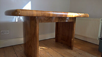 Beautiful solid wood Art Deco 1930s walnut extendable dining table