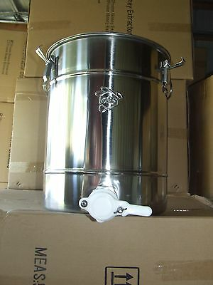 Honey Bottling Tank (9 gallons) and Stainless Steel Double Strainer