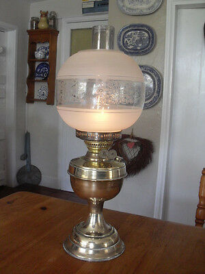 GORGEOUS WORKING brass etched glass lampshade antique oil lamp duplex workings