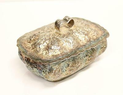 C: 1880 .800 Silver Box repousse & hand engraved Malaysia 6x4x3 inches a/MINT