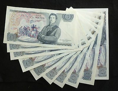 Page Wellington Blue Five Pound £5 Banknote (Issued 1973-80) A Unc B336
