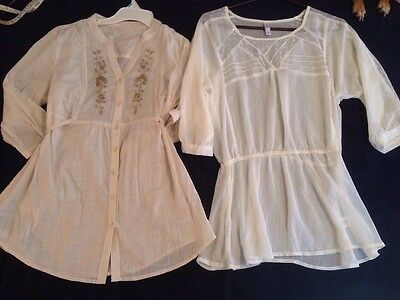 Lot Of 2 Flowing Off-white Women's Shirts Size S/M