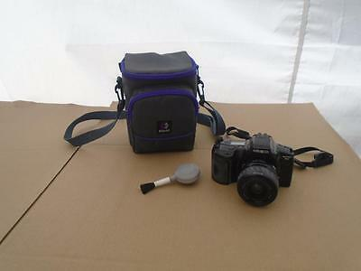 Minolta Maxxum 3Xi Film Camera Body With Af 35-80 Power Zoom Lens ((