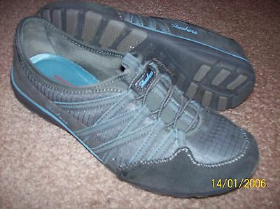 Skechers Relaxed Fit Memory Foam Gray Leather Slip On Shoes  Size 9