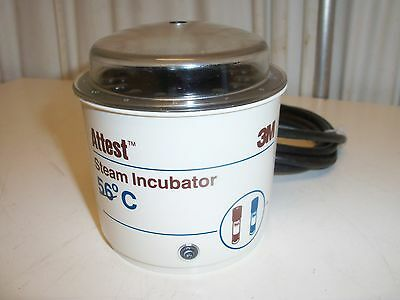 3M Attest Biological Incubator Model 116 with lid