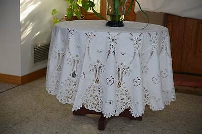 "Lim's Goreous 74"" Round Cotton Battenberg & Embroidery Tablecloth White"