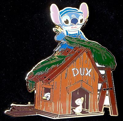 DisneyShopping Stitch Working on the Duckhouse Pin Le 250