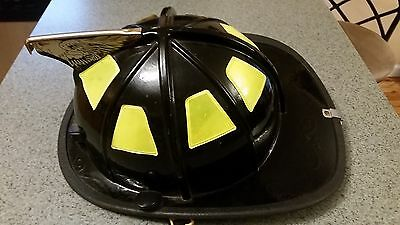 USED Cairns 1010 Fire Firefighter Black Helmet with Eagle Finial