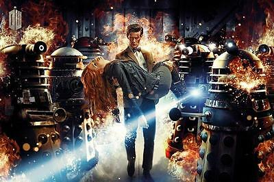 Poster DOCTOR WHO - & Amy - Fire ca90x60cm NEU 58513