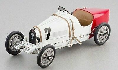 1:18 CMC 1924 Bugatti T35 Poland red and white M-100-003