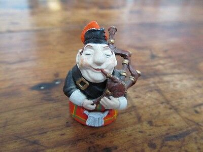 Vintage Scottish Bagpipe Player Hand Painted Thimble