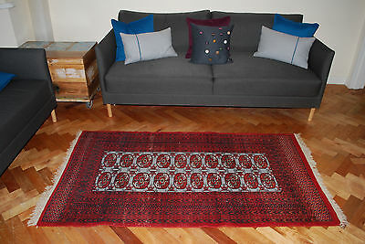 "VINTAGE TRADITIONAL HAND MADE WOOL RUG 173 cm x 96 cm (5.7"" x 3' approx)"
