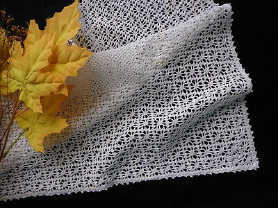 Lovely Vintage Handmade CROCHET LACE Table Centerpiece / Large Doily / Runner