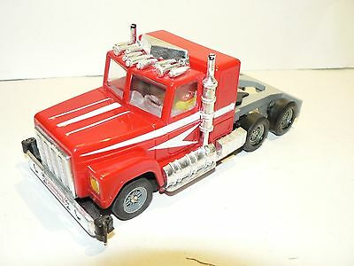 Carrera Servo 132 Kenworth Truck Red 88441 NEW