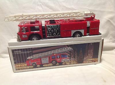 1986 Hess Toy Fire Truck Bank