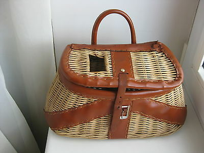 Vintage Wicker Leather Fishing Creel Basket w/Ruler British Hong Kong