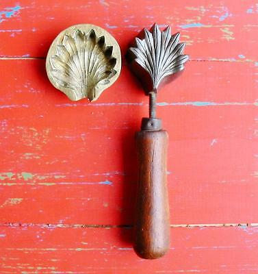 RARE Vintage Millinery Fringed Petal Flower Iron Tool Mold Brass Antique 2 pc.