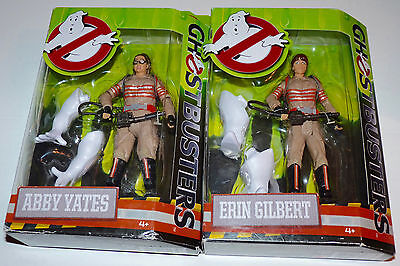 New GHOSTBUSTERS 2016 Movie Classic SET of 2 FIGURES ERIN GILBERT & ABBY YATES