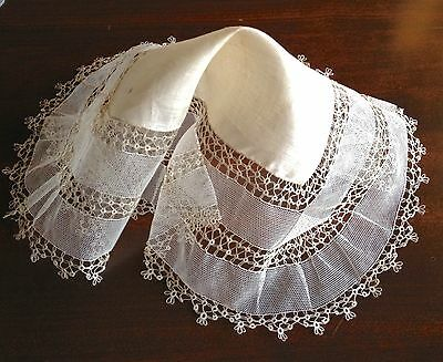 Antique Hanky Hand Made Tatting Lace Bridal Very Pretty And Delicate 12-1/2 In