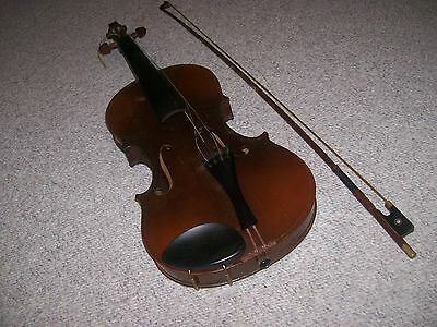 Old Violin w/bow for restoration