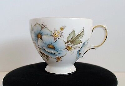 Queen Anne Bone China Tea Cup Only #8618 A676 Blue Flower Gold Trim Footed EUC