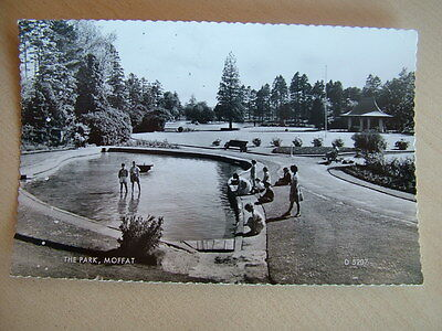 Real Photo Postcard. THE PARK, MOFFAT. Unused. Standard size.