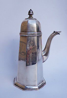 English Sterling Silver Teapot Hallmarked CHESTER 1910 Jay, Richard Attenboroug