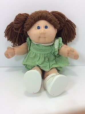 Cabbage Patch Girl Doll15 yr Anniversary Edition 1998 Blue Eyes Original Outfit