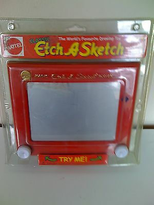 BRAND NEW Classic Etch a Sketch (shake to erase) Age 4+