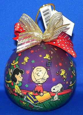 Snoopy/Charlie Brown Christmas/Holiday Ball Ornament Kurt S. Adler Peanuts Gang